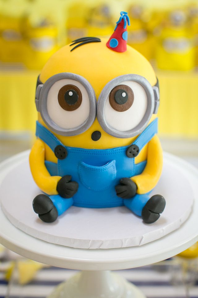 Excellent Birthday Cakes The Coop Blue Cupcake Despicable Me Cake Funny Birthday Cards Online Inifofree Goldxyz