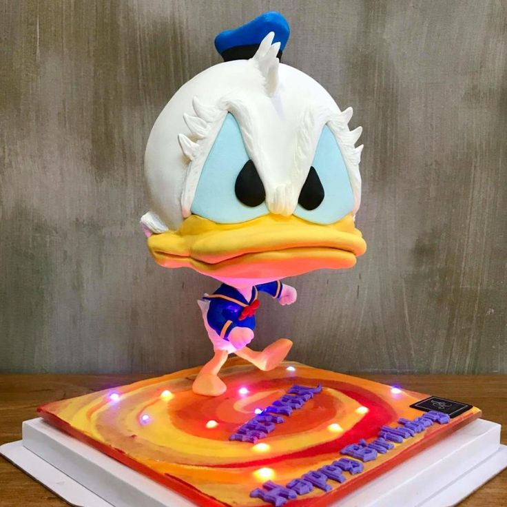 Stupendous Birthday Cakes Donald Duck Defying Cake By Jimmyosaka Personalised Birthday Cards Veneteletsinfo