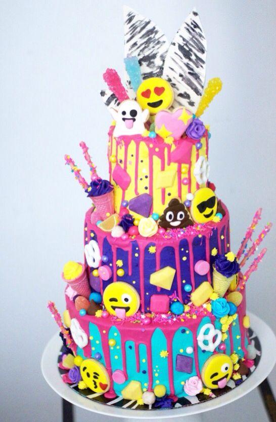 Description Emoji Cake Birthday