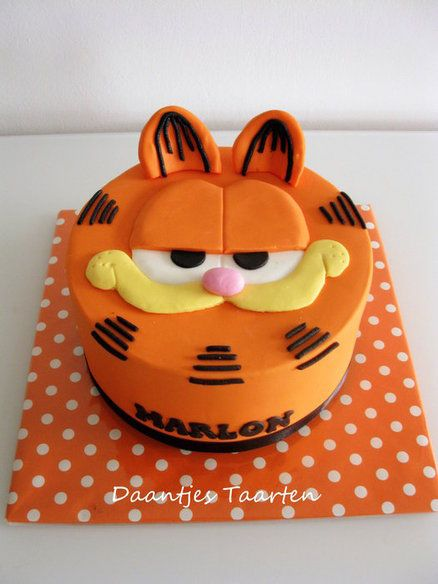Groovy Birthday Cakes Naughty Cat Yesbirthday Home Of Birthday Personalised Birthday Cards Veneteletsinfo