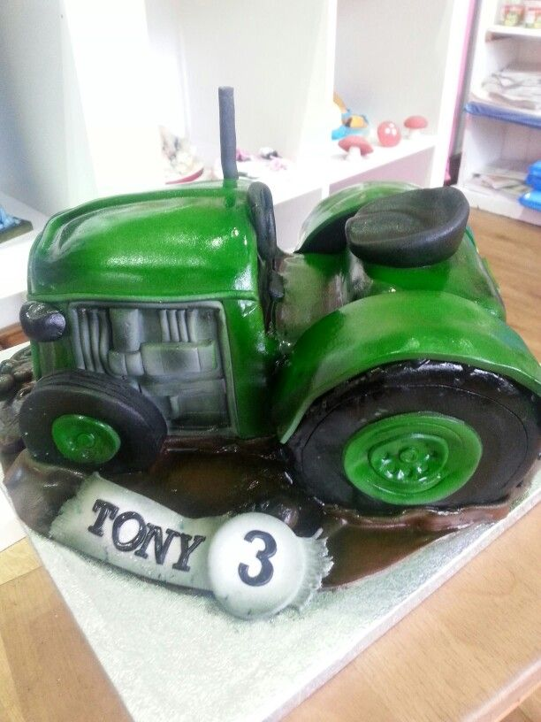 Admirable Birthday Cakes Tractor Cake Yesbirthday Home Of Birthday Funny Birthday Cards Online Unhofree Goldxyz