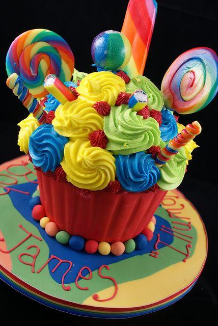 Fine Birthday Cakes All The Fun Of The Fair Giant Cupcake Funny Birthday Cards Online Necthendildamsfinfo