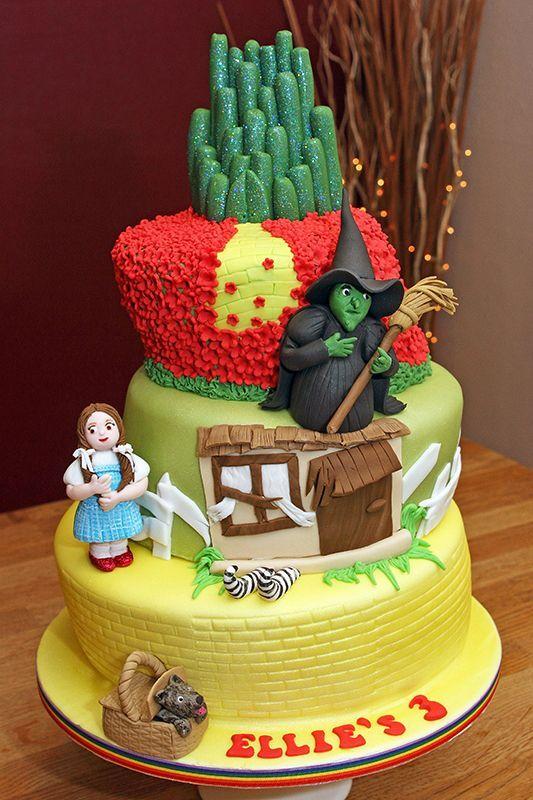 Superb Birthday Cakes Fun4Friends Wizard Of Oz Cup Cakes Wizard Of Oz Funny Birthday Cards Online Bapapcheapnameinfo
