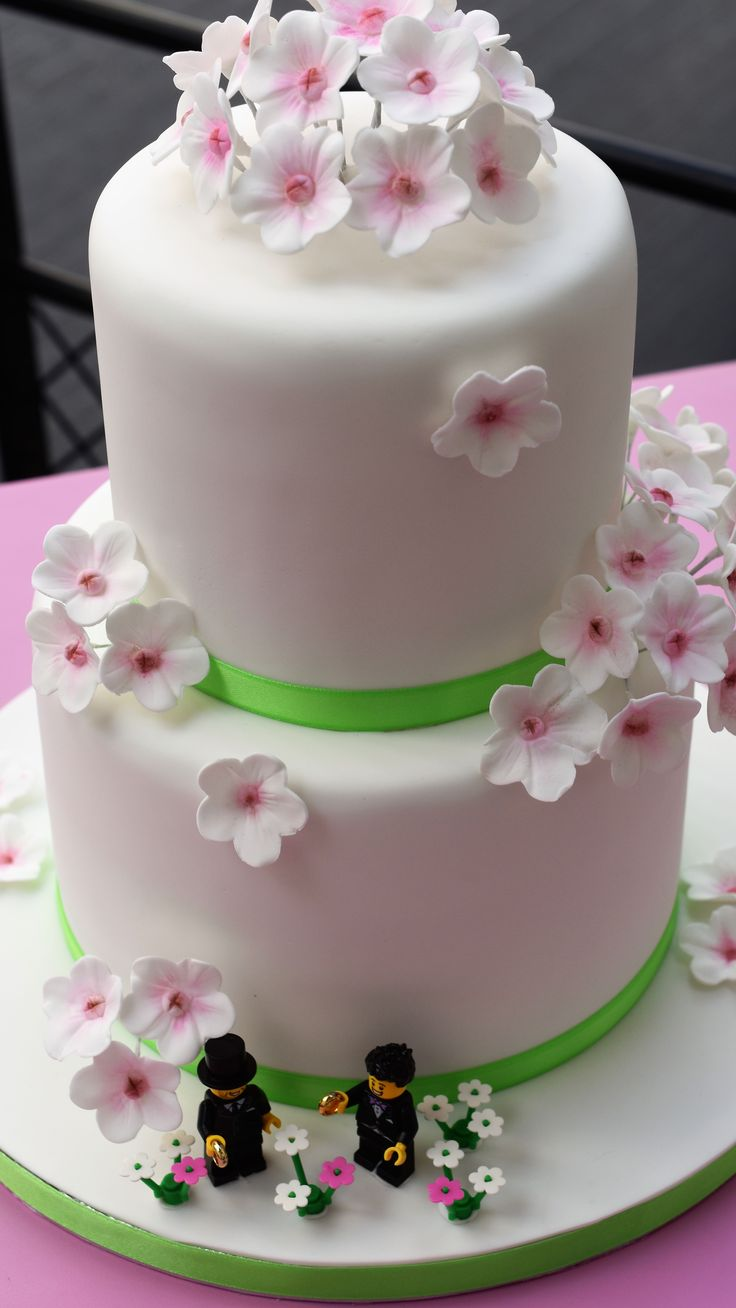 Outstanding Birthday Cakes Gay Wedding Cake Yesbirthday Home Of Birthday Funny Birthday Cards Online Alyptdamsfinfo