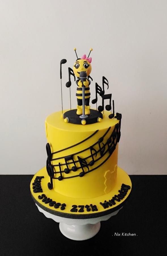 Astounding Birthday Cakes Singing Bee Cake By Nikita Mahmood Personalised Birthday Cards Paralily Jamesorg