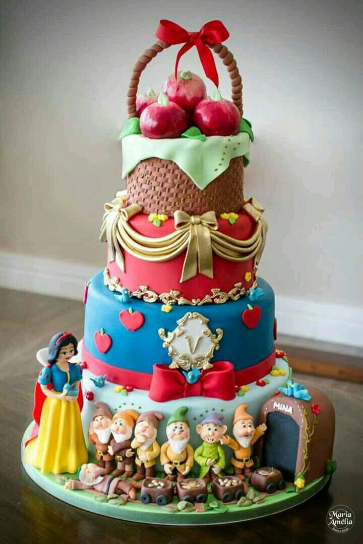 Birthday Cakes : Spectacular Snow White! | YesBirthday - Home of ...