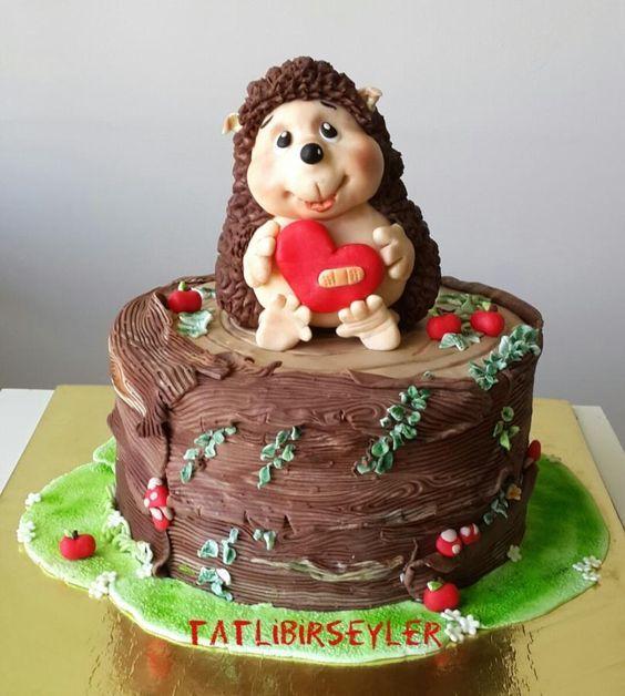 Fine Birthday Cakes Hedgehog Cake Yesbirthday Home Of Birthday Funny Birthday Cards Online Inifodamsfinfo