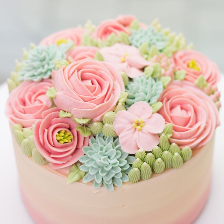 Superb Birthday Cakes So Pretty Buttercream Flowers So Delicate On A Birthday Cards Printable Opercafe Filternl