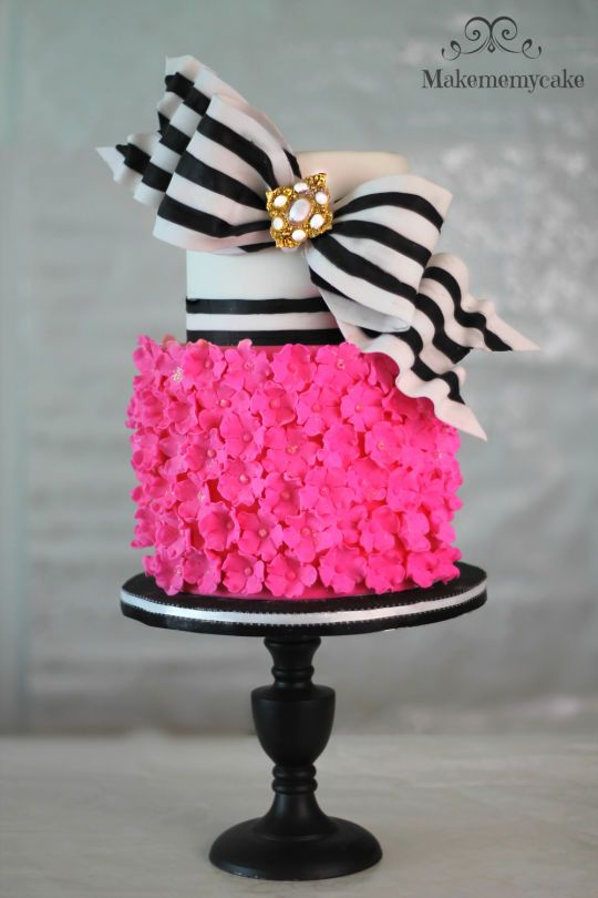 Outstanding Birthday Cakes Super Bow With Super Pink Cake Tablescapesby Personalised Birthday Cards Epsylily Jamesorg