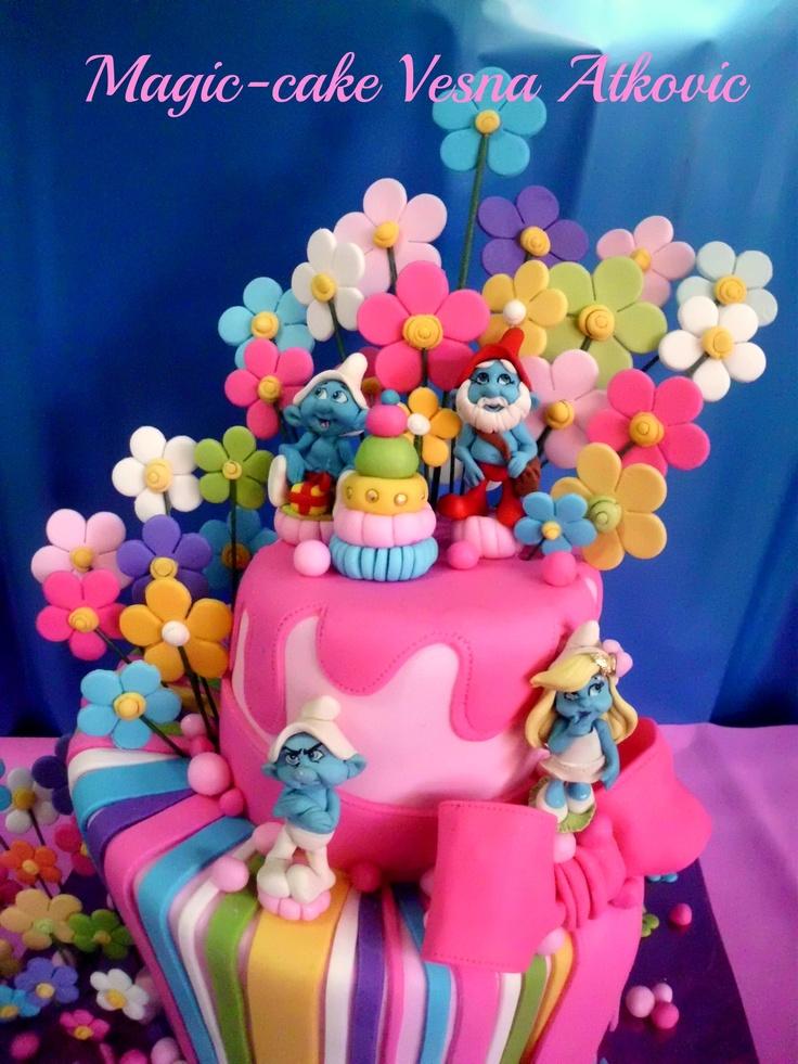 Pleasant Birthday Cakes The Smurfs Cake Amazing Yesbirthday Home Of Funny Birthday Cards Online Overcheapnameinfo