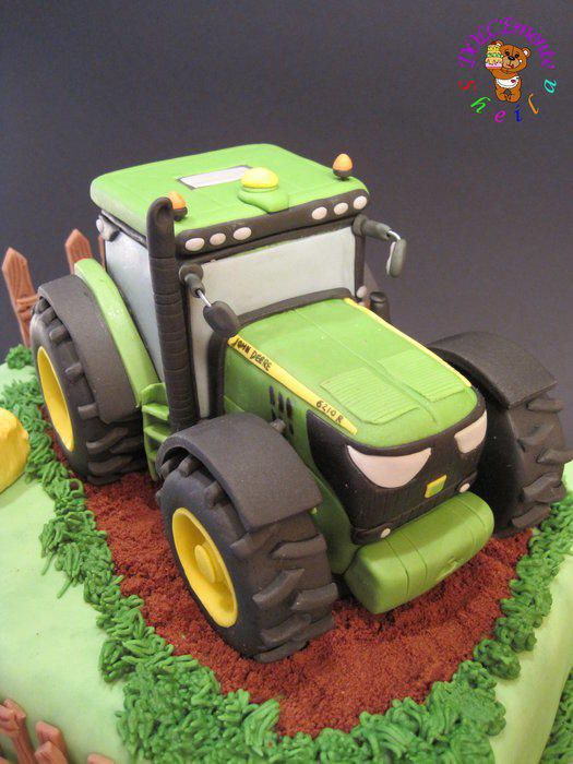 Fine Birthday Cakes For A Lover Of Tractors In Particular The John Funny Birthday Cards Online Elaedamsfinfo