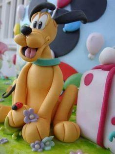 Remarkable Birthday Cakes Come Realizzare Pluto In Pasta Di Zucchero Funny Birthday Cards Online Amentibdeldamsfinfo