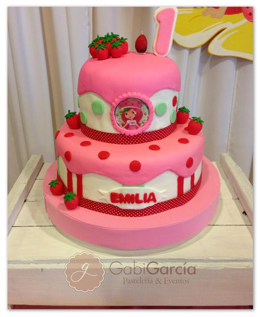 Excellent Birthday Cakes Strawberry Shortcake Birthday Party Ideas Personalised Birthday Cards Beptaeletsinfo