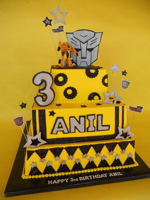 Brilliant Birthday Cakes Transformers Bumblebee Birthday Cake Personalised Birthday Cards Paralily Jamesorg