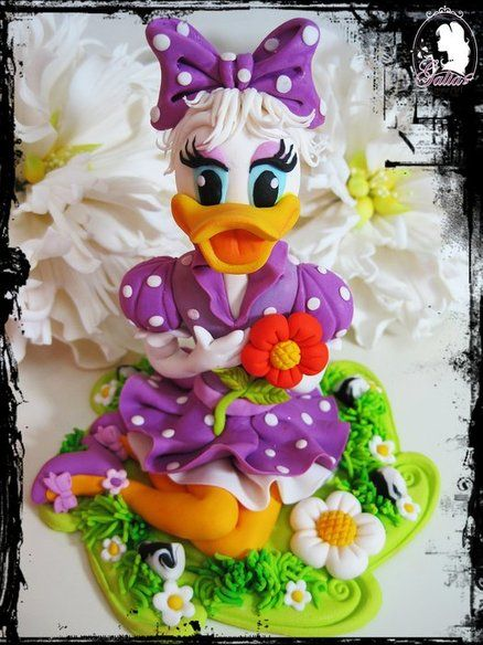 Outstanding Birthday Cakes Amazing Talent Daisy Duck Cake All Edible Personalised Birthday Cards Paralily Jamesorg